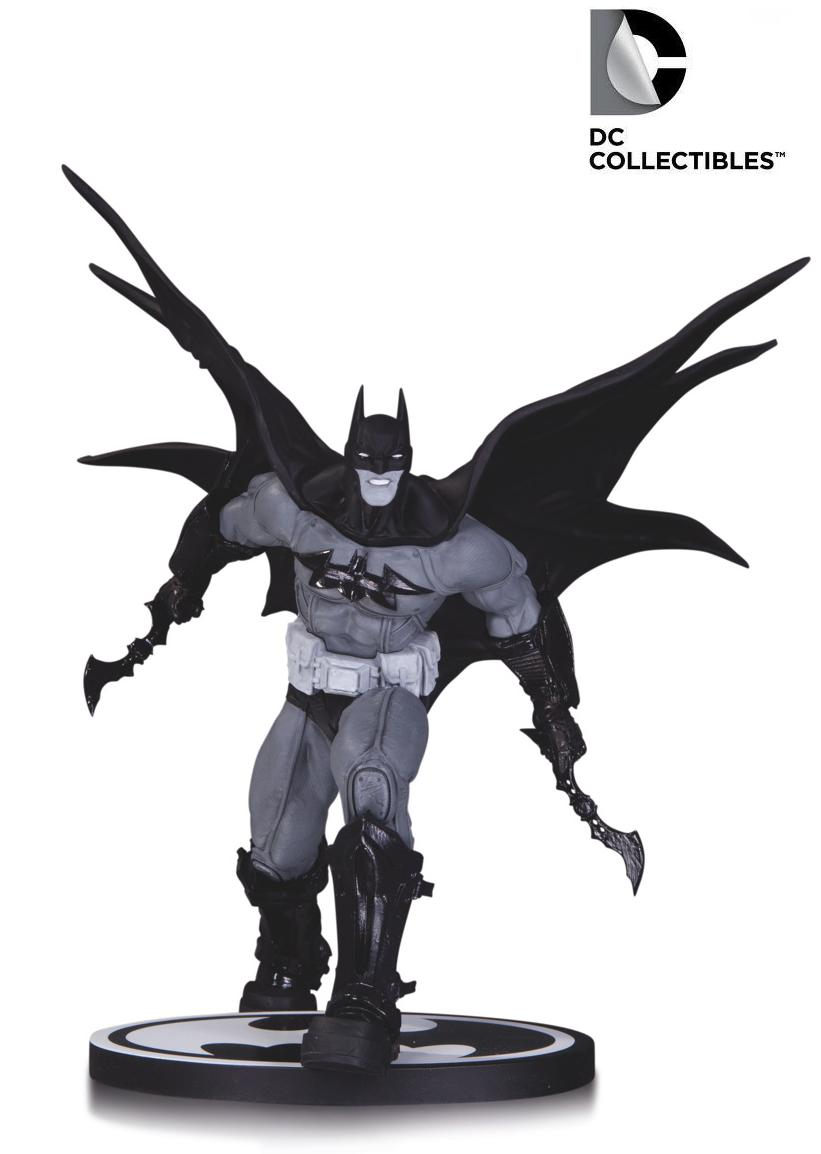 DC Comics Batman Black & White Carlos D'Anda Statue